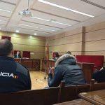 La madre y un amigo exculpan al acusado de violencia de género, violación y amenazas a su novia menor en Daimiel