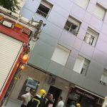 Ciudad Real: Rápida actuación de los bomberos en la Plaza Cervantes para sofocar el incendio en una vivienda