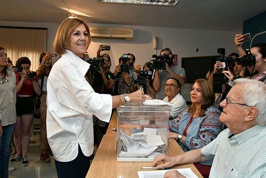 Cospedal vota en Albacete.2