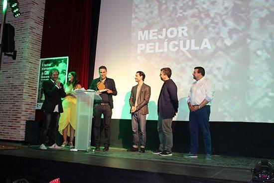 Entrega del premio a la mejor película para 'La vida sublime'