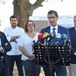 Caballero dice en la apertura de la carretera que une Criptana y Arenales que desde 2015 han invertido en la red provincial 20 millones de euros
