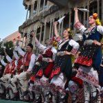 Ciudad Real: Los grupos participantes en el Festival Internacional de Folklore llenan de color la Plaza Mayor