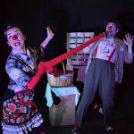 Dos payasos que buscan la felicidad llegan al Patio de Comedias de Torralba con 'Clown sin tierra'