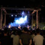 Villanueva de los Infantes: El Paseo de la Constitución vibró con Funambulista en concierto
