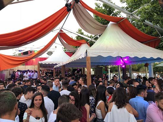 Fiesta organizada por África Palace en las fiestas de Almadén
