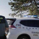 Herido leve un guardia civil tras salirse el vehículo oficial de la vía en Piedrabuena