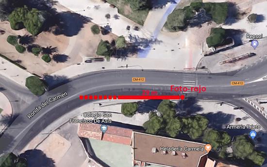 """Ilustración 1: Distancia de visibilidad insuficiente del """"Foto-rojo"""" de la Puerta de Toledo."""