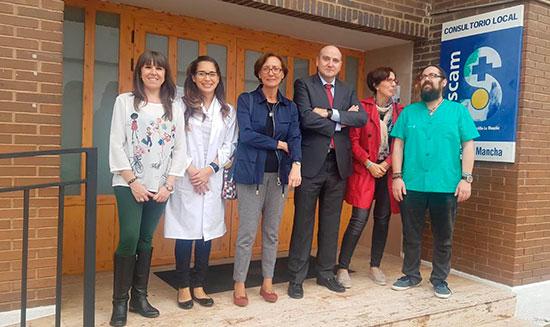 Francisco-Jose-Garcia-visita-consultorio-de-Horcajo-de-los-Montes