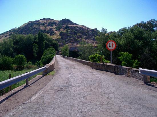 Puente de Alarcos desde su lado oeste a este