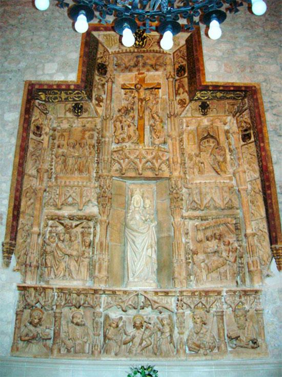 Retablo en alabastro de la Virgen Blanca