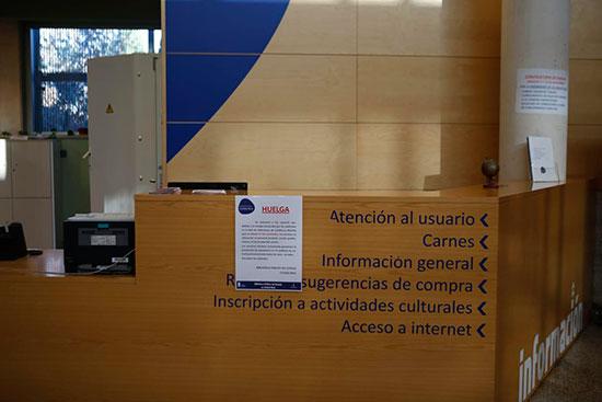 Huelga-17-noviembre-biblioteca