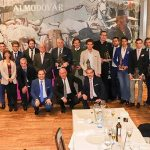 Ginés Marín brindó con los más de 300 socios del Club Taurino 'Almodóvar'