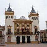 Publicadas las convocatorias de oposiciones a administrativo y técnico en el Ayuntamiento de Almodóvar del Campo