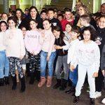 La alcaldesa de Puertollano visita la recreación del Museo Municipal en el Belén del colegio Miguel de Unamuno