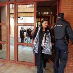 La alcaldesa de Puertollano sale del juzgado defendiendo la legalidad de la consolidación de 12 plazas de matarife
