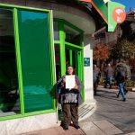 La PAH logra una dación en pago para una vecina de Torrenueva