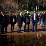 El presidente de Castilla-La Mancha se interesa por los proyectos que la Junta ha llevado a cabo en la localidad de Luciana
