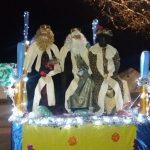 Bengalas y farolillos para recibir a los Reyes Magos en Las Casas