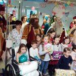 Los Reyes Magos visitan a los pequeños ingresados en el hospital de Ciudad Real