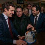 Ciudad Real: Los populares le cantan 'cumpleaños feliz' a Pablo Casado