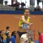 La puertollanera Marina Lobato salta al cielo: campeona de España por partida doble