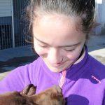 Puertollano: Azahara, una niña de 12 años, presenta este viernes su libro «Laika» contra el maltrato animal