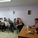 """Puertollano: La charla sobre """"El esplendor y la ira"""" en las Amas de Casa reflexiona sobre el trágico pasado del pueblo español"""