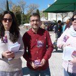 Ciudad Real: Unidas Podemos hace campaña en el Mercadillo de La Granja