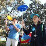 """Los voluntarios de """"la Caixa"""" en Ciudad Real celebran una jornada lúdica con 250 niños y niñas en situación de vulnerabilidad"""