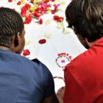 Los 'diálogos interculturales' de Movimiento por la Paz se abren a estudiantes y colectivos de la ciudad
