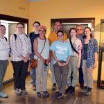 La delegación de la Universidad de Iowa que excavará este verano en Castillejo del Bonete se inicia en la Cultura de las Motillas en una visita al Museo Provincial