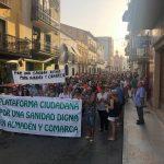 Cientos de personas reclaman mejoras en los servicios sanitarios de Almadén y comarca