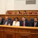 Las Cortes regionales aprueban en 5 minutos suprimir limitación de mandatos del presidente y recuperar el sueldo de diputados