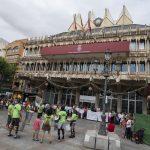 """""""Del pozo se sale"""": Tambores en la capital por la comarca de Almadén"""