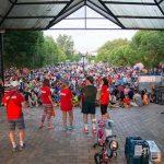 Los calzadeños sacan a rodar sus mejores bicicletas por las calles de la localidad