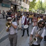 Un pasacalles con decenas de bailares pone la guinda al tercer Festival Swing Ciudad Real