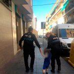 La Policía Local de Ciudad Real localiza a un niño perdido, que se había escapado de un colegio