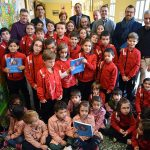 Ciudad Real: Andrade sale de su retrato y comparte vivencias con todos los alumnos de su colegio