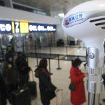 El avión que traslada a los españoles de Wuhan, entre los que está el puertollanero Dani Carmona, sale con retraso y con menos pasajeros de los previstos