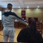 Puertollano: El acusado de fingir una relación sentimental para estafar a una mujer dice que eran solo amigos